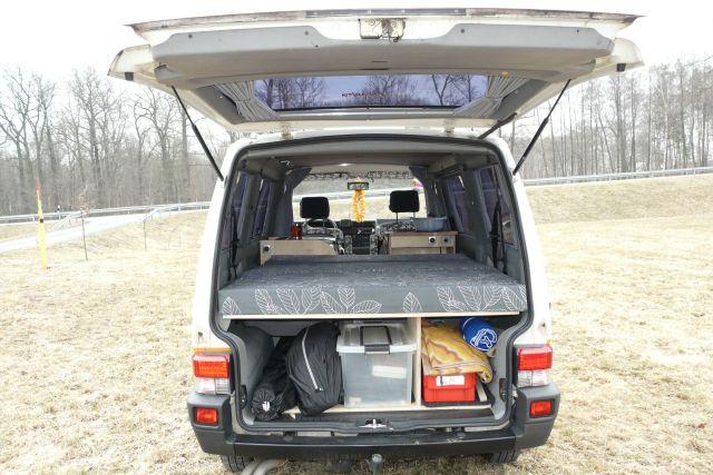umbau t4 caravelle zum camper light camper service meissen. Black Bedroom Furniture Sets. Home Design Ideas